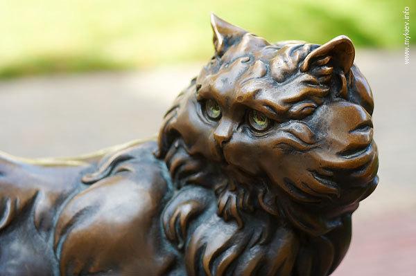 Памятники котам и кошкам. Часть первая